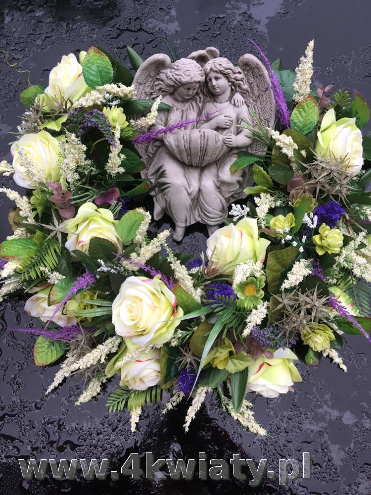 Kwiaty na grób, wianek aniołki kwiaty sztuczne