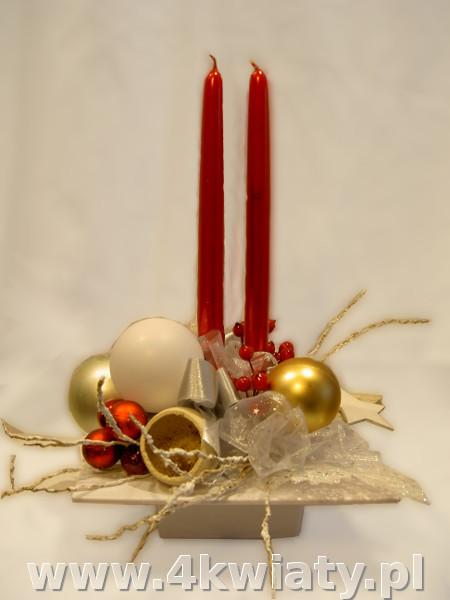stroik czerwony biały złoty czerwone świece